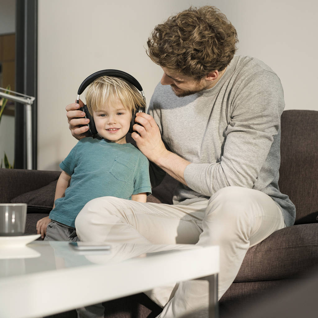 Listening to music 'can help bring parents and children closer'