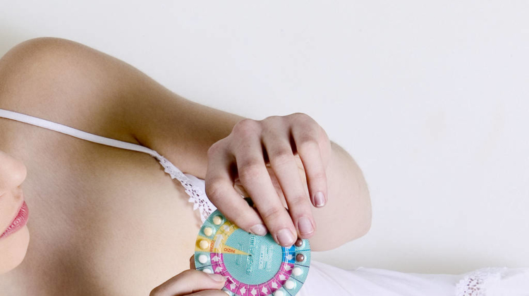 Contraceptive pill can cause subtle emotional changes to women's brains