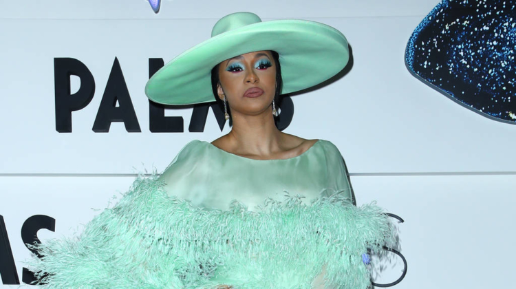 Cardi B joins Offset on stage for surprise performance