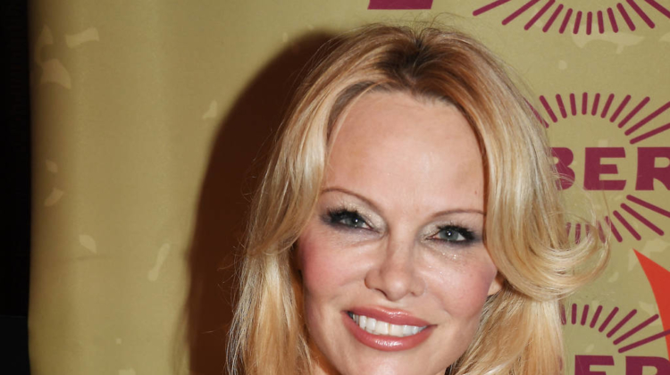 Pamela Anderson urges Ariel Winter to 'stay strong' after social media criticism