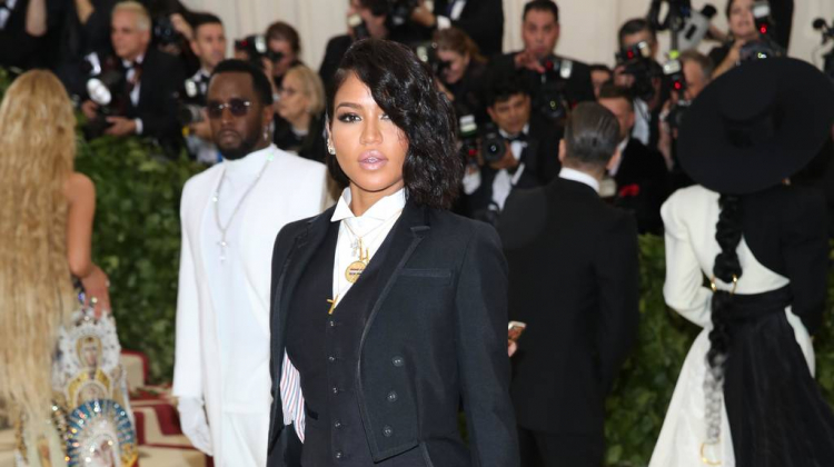 Cassie to be a first-time mother